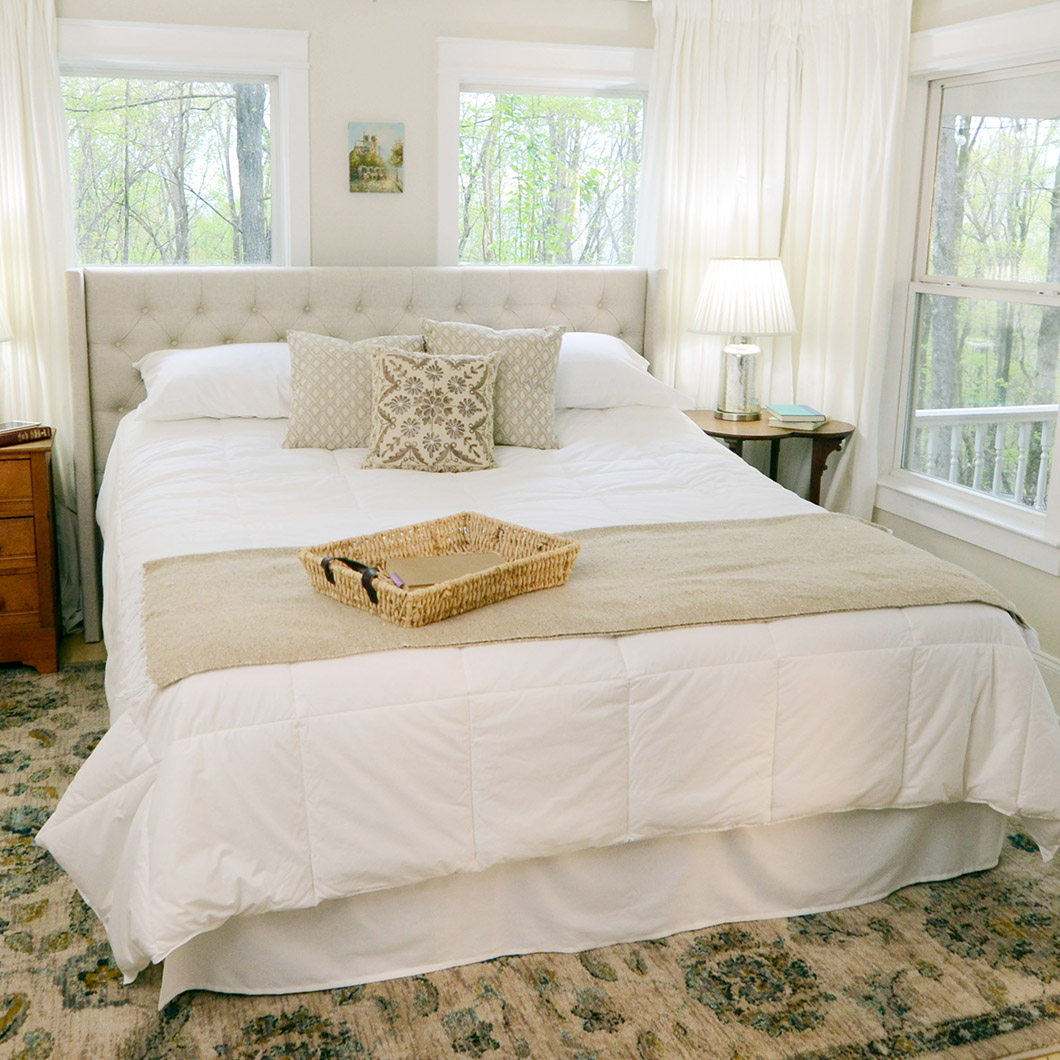 Photo of the Flexabed Premier bed in a bedroom.